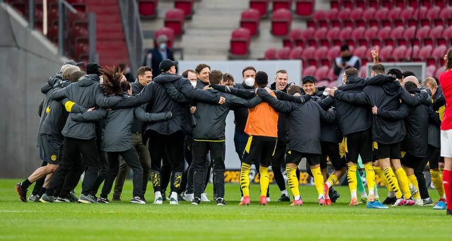 Бундеслига (33-й тур): «Майнц» Майнц - «Боруссия» Дортмунд. «Боруссия» в Лиге Чемпионов!