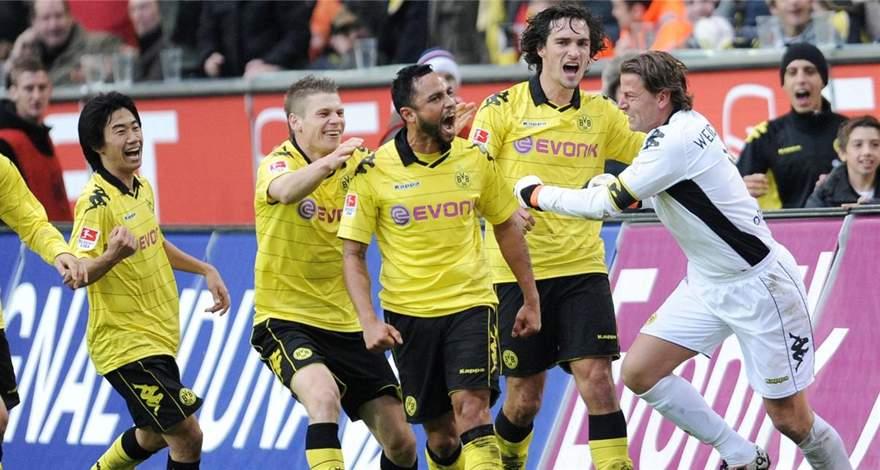 Дортмундская «Боруссия» - чемпион Германии 2011 года: от гола да Силвы у Хуммельса до сих пор мурашки по коже.